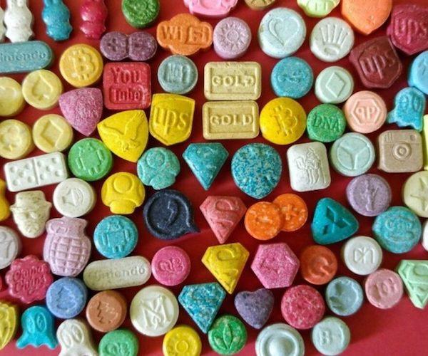 Ecstasy e MDMA redução de danos e uso seguro