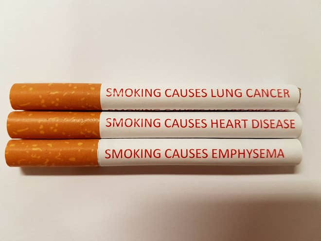 avisos anti-fumo cigarros